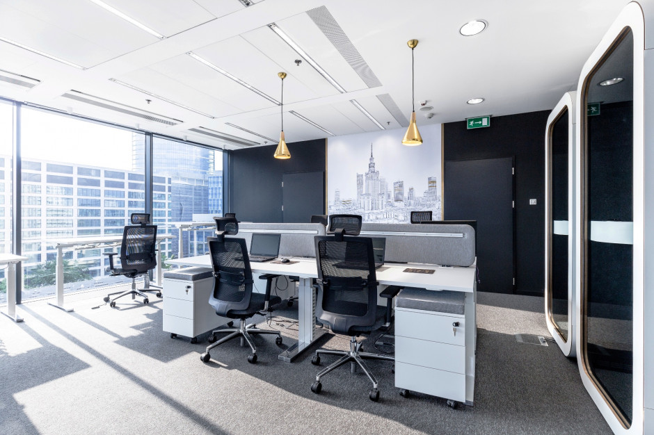 Jakimi biurami firmy kuszą młodych i zdolnych?