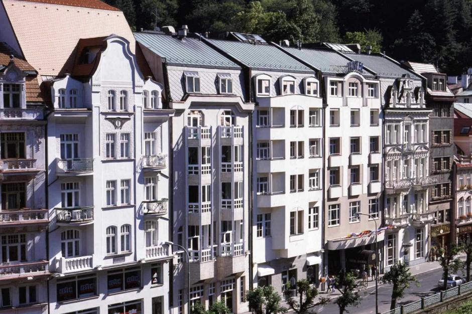 Warimpex i Raiffeisen-Leasing sprzedają czterogwiazdkowy hotel