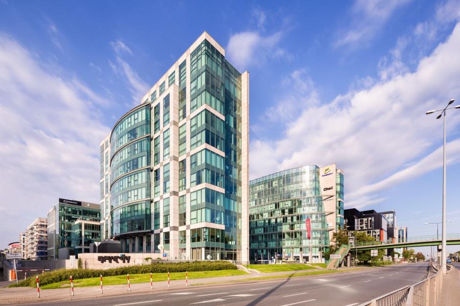 Nowe umowy w warszawskim biurowcu New City