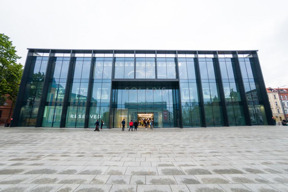 Więcej mody, rozrywki i usług w nowych wnętrzach galerii Solaris Center