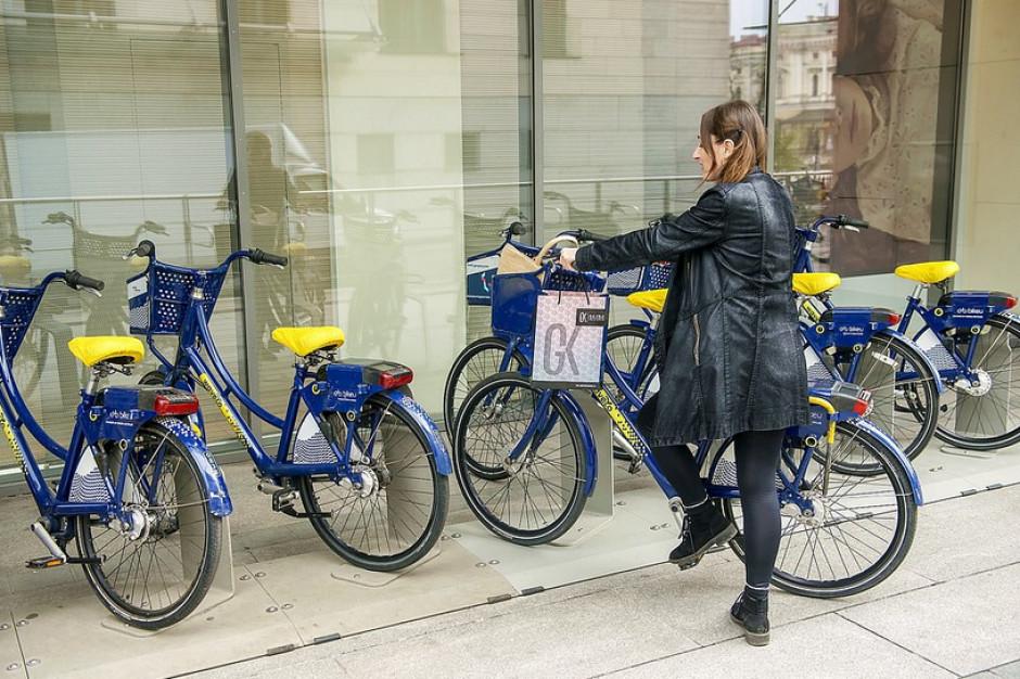 Do Galerii Krakowskiej na rowerze