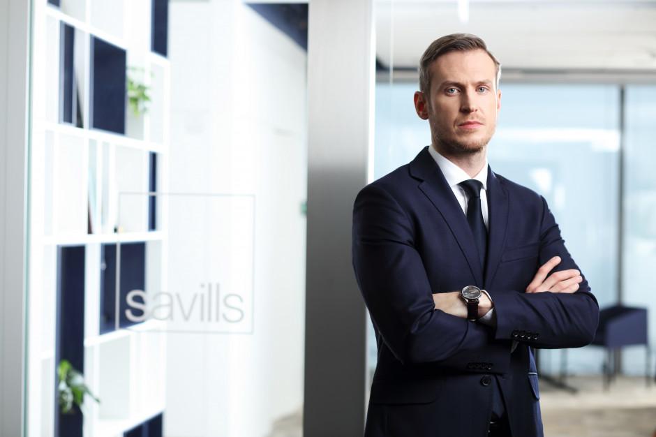 Dział powierzchni magazynowych i przemysłowych Savills z nowym szefem