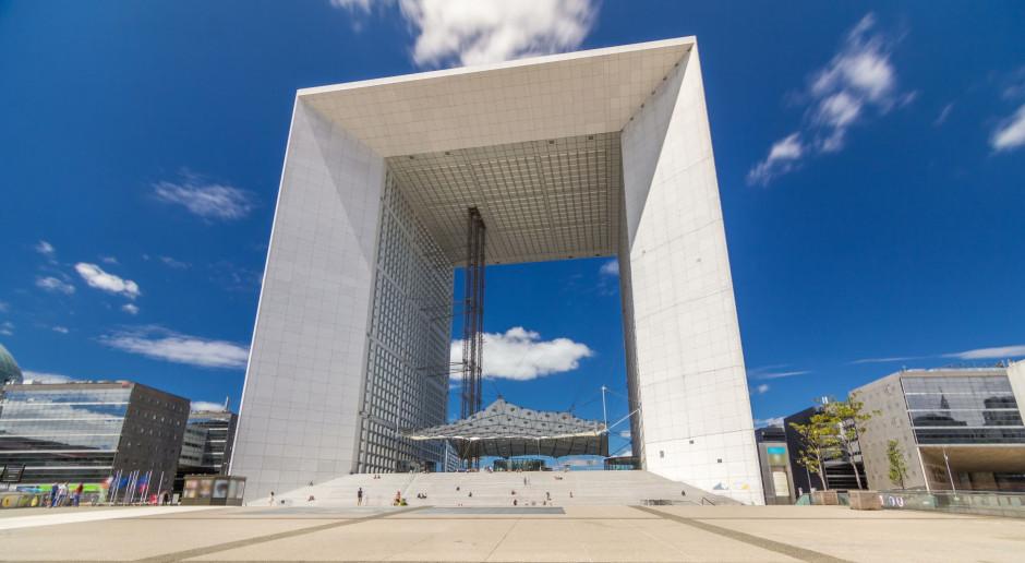 Case study modernizacji jedynego w swoim rodzaju biurowca La Grande Arche