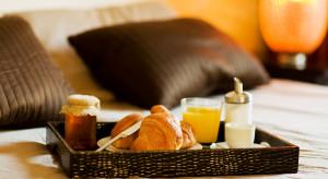 Portale rezerwacji hotelowych redukują zatrudnienie