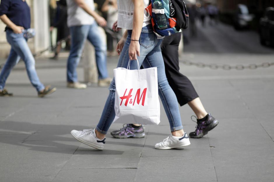 Afera w fabryce zaopatrującej H&M. Koncern chce zbadać sprawę