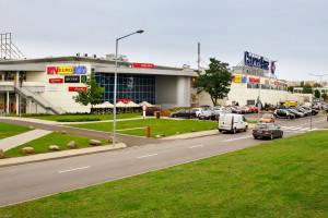 Pierwsza w Warszawie biblioteka publiczna w centrum handlowym