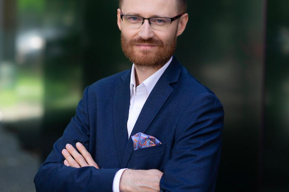 Tomasz Kostrzewa dołączył do 7R