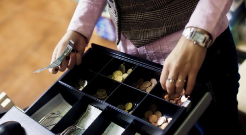 Biznes apeluje o wstrzymanie podatku od handlu