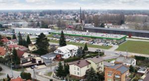 Park handlowy z zabytkowym zegarem. Wkrótce otwarcie Vendo Park w Pułtusku