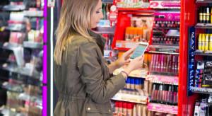 Jakie e-drogerie znają Polacy? Rossmann w koszulce lidera