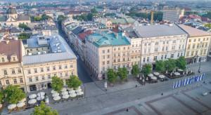 Kraków: Pekao S.A. sprzedaje zabytkową kamienicę przy Rynku. Może powstać tam aparthotel