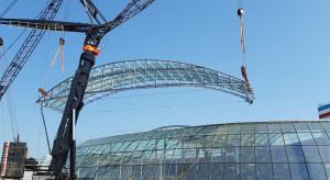 Zadaszenie i wiecha na budowie największego zadaszonego parku wodnego w Europie