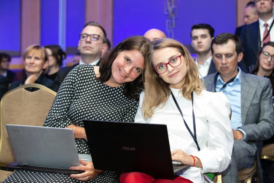 Ania Liszka, Kasia Lisowska
