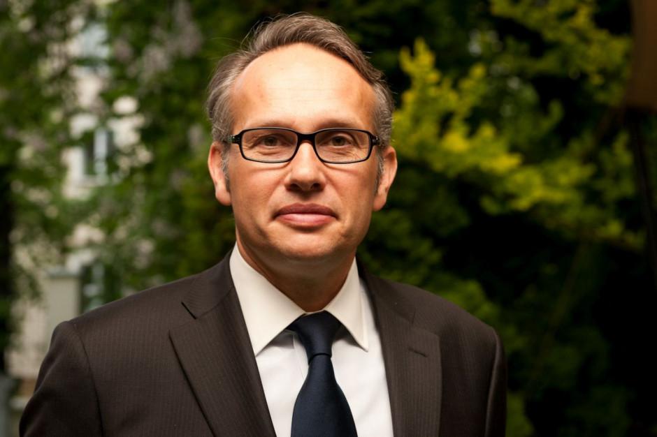 Arnaud Burlin: Tylko nudny handel obumiera