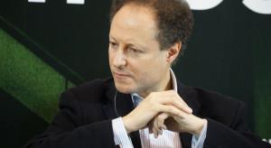 Andrew Lawrence: Prefabrykcja i edukacja wprowadzi budownictwo na ekologiczne tory