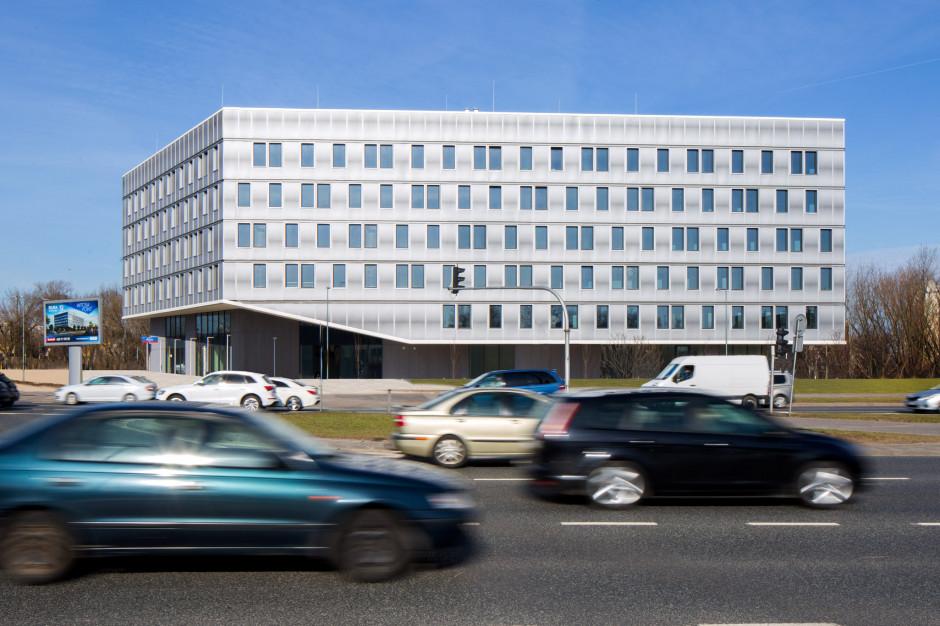 Regus z kolejnym biurem w Warszawie