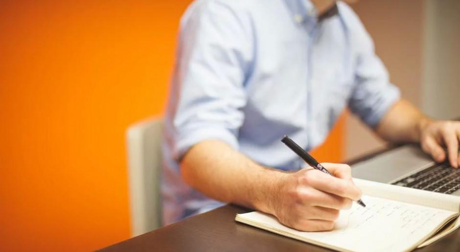 Wynajem mieszkania: jaką podpisać umowę, aby się nie sparzyć?