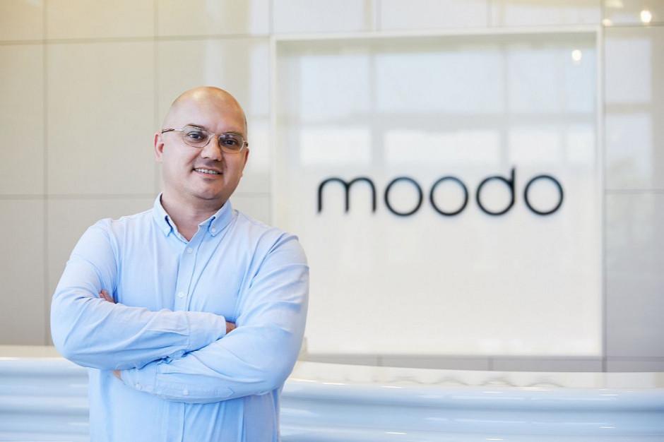 Moodo zagęszcza sieć na wielkim rynku małych miast