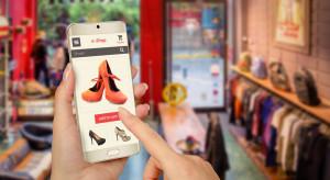 Oglądają w sieci, ale kupują w sklepie tradycyjnym – czym jest webrooming?