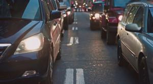 Miasta w UE muszą robić więcej na rzecz zrównoważonego transportu