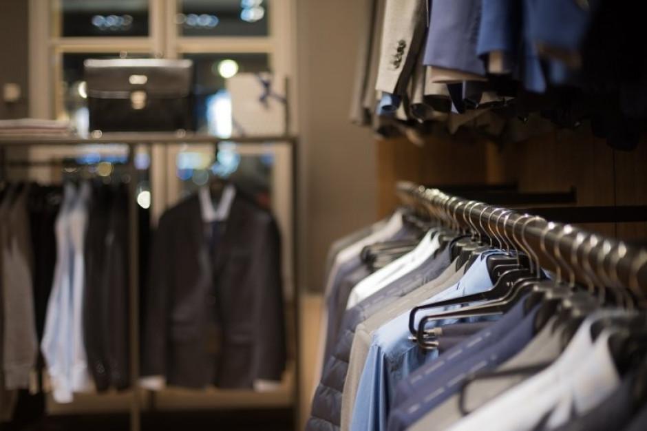 Powierzchnia sklepów VRG spadła o 2 proc.
