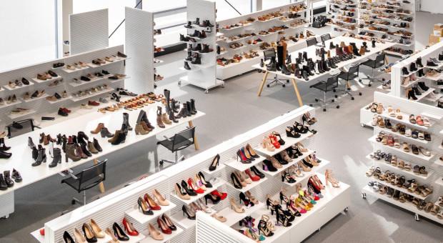 Zapowiedź odmrożenia gospodarki i otwarcia galerii handlowych podbiła kursy akcji spółek odzieżowych