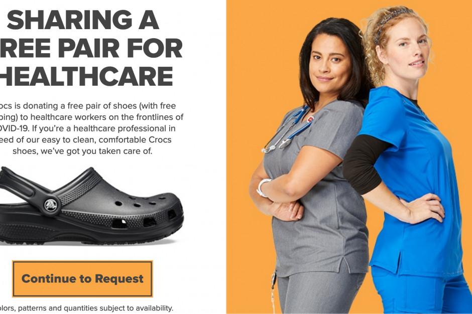 Crocs rozda buty lekarzom