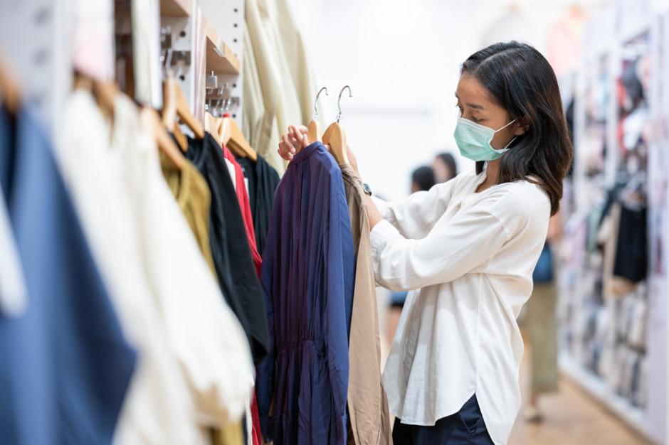 Potężna luka gotówkowa na rynku mody