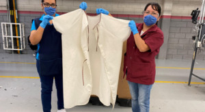 Właściciel marek Wrangler i Lee będzie produkować odzież ochronną do szpitali