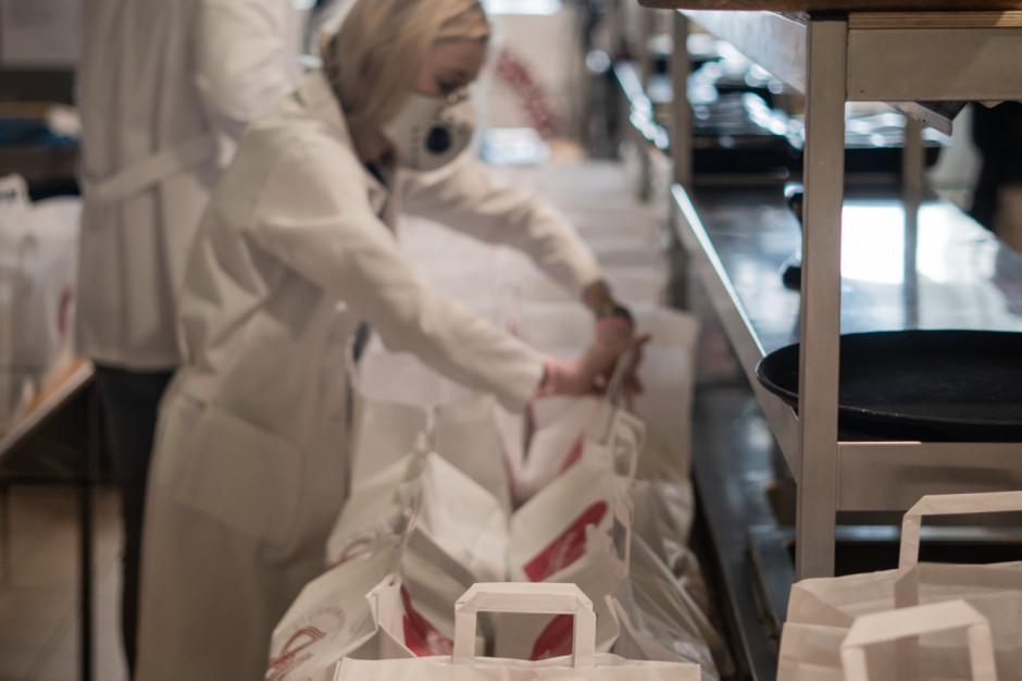 970 posiłków dziennie dla pracowników służby zdrowia od branży nieruchomości