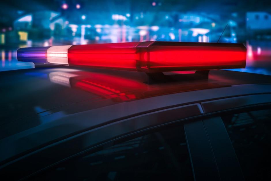 Policja zatrzymała mężczyznę, który sprzedawał podrobioną odzież znanych marek