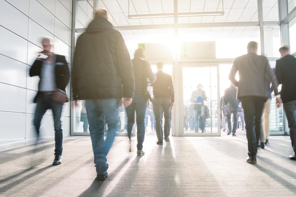 Centra handlowe pustoszeją. Kolejne ograniczenia mogą zagrozić przyszłości sektora handlowego