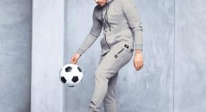 Piłkarz Łukasz Podolski zaprojektował kolekcję odzieży. Będzie ją można kupić w sieci Aldi