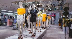 Sprzedaż H&M spadła o niemal 60 proc.