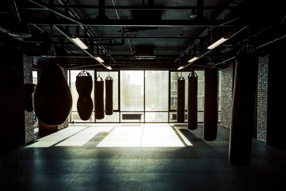 Kluby fitness dla zdrowia i biznesu. Powinny być otwarte tak jak kościoły czy stoki narciarskie
