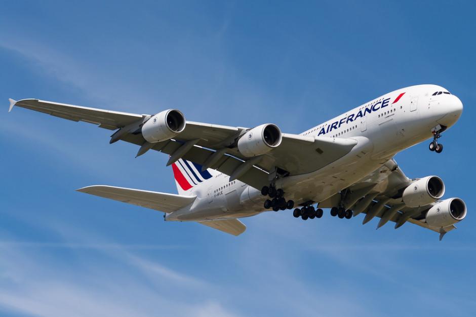 Branża lotnicza apeluje o zniesienie ograniczenia liczby miejsc w samolotach