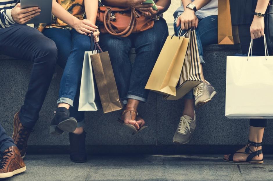 Połowa Polaków chce powrotu handlowych niedziel