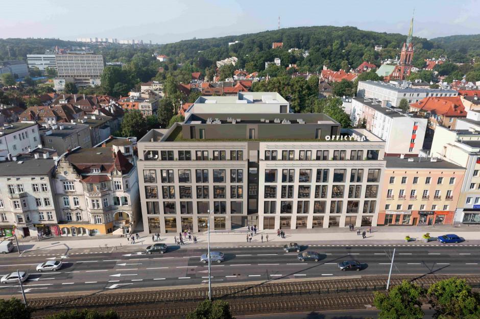 Officyna rośnie w Gdańsku