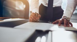 PLL LOT podpisały porozumienie ze związkami w sprawie zwolnień