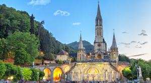 Restauratorzy i hotelarze w Lourdes w ciężkiej sytuacji