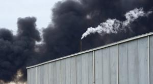 Pożar hali magazynowej w Knurowie