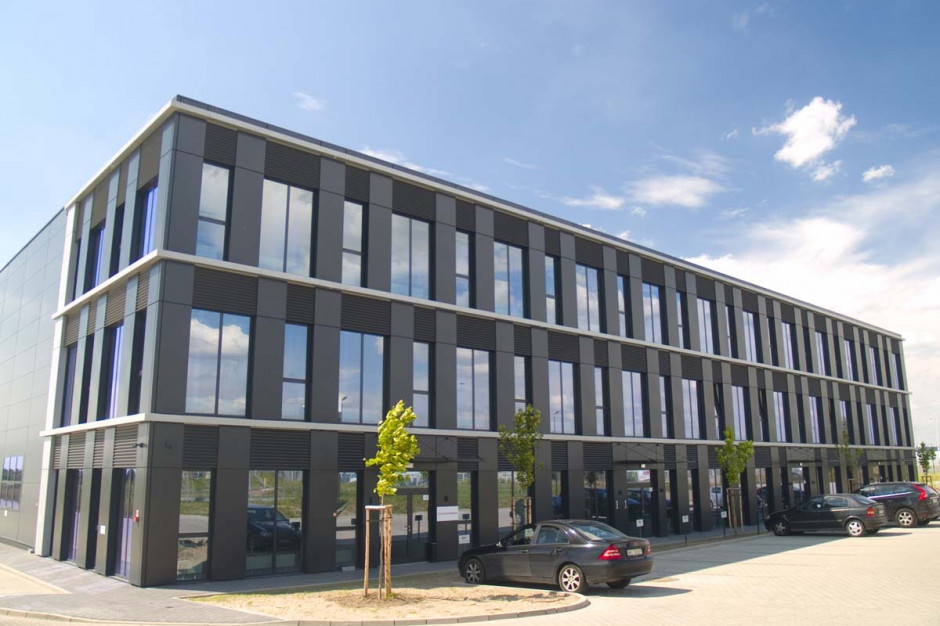Amerykańska firma kosmetyczna uruchomi centrum logistyczne w Polsce