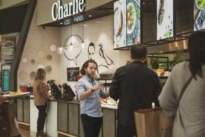 Charlie Food & Friends wierzy w galerie, ale szuka też nowych kanałów sprzedaży