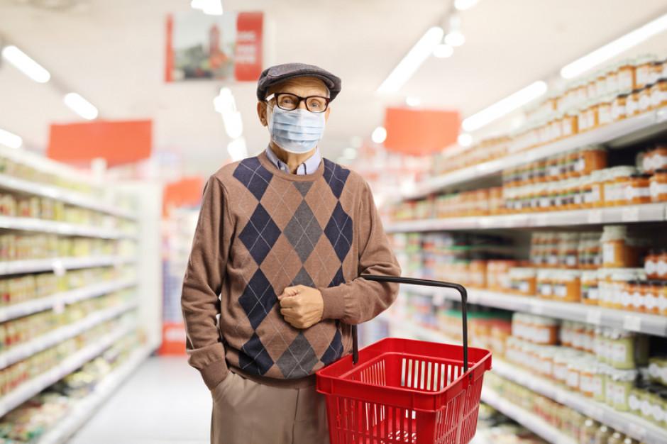 Sieci handlowe znalazły sposób na zwiększenie sprzedaży podczas godzin dla seniorów