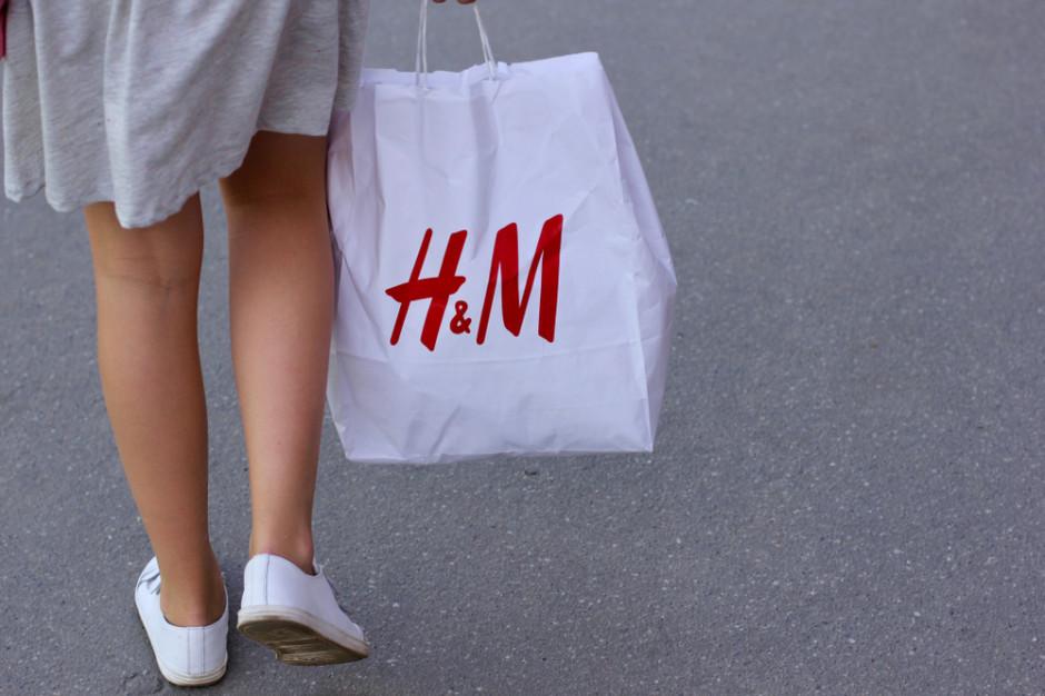 Sprawdziliśmy, jak właściciel H&M, COS, Weekday czy Arket odnajduje się w pandemii