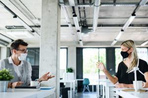 Jak zadbać o bezpieczeństwo w biurowcu? Wentylacja na pierwszy ogień