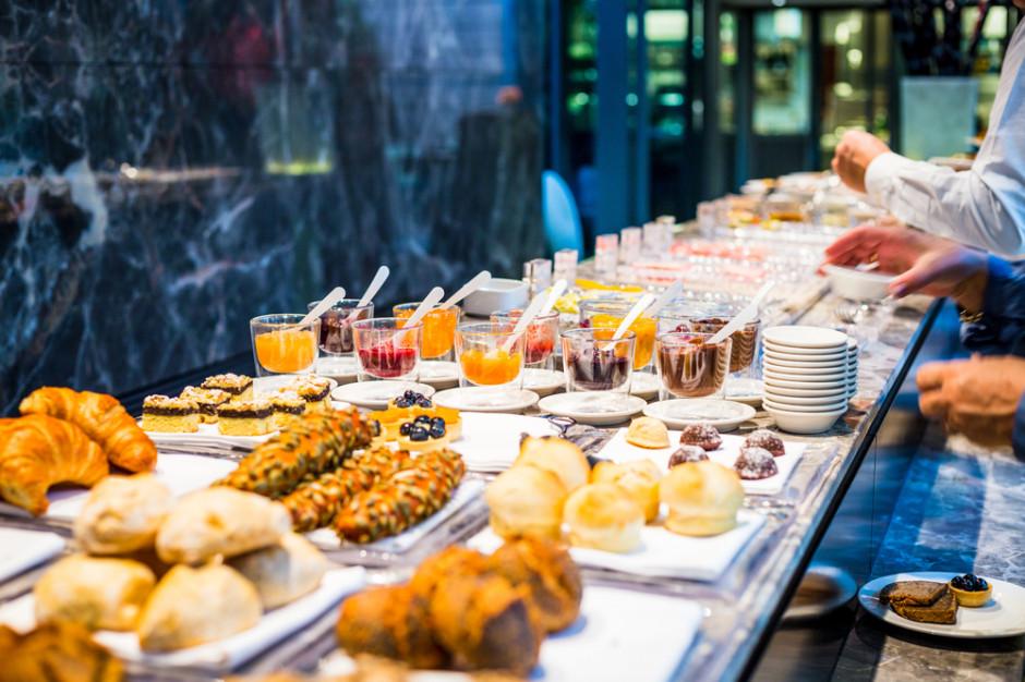 Gastronomia ważna dla hoteli. Pandemia zredukowała jej udział do zera