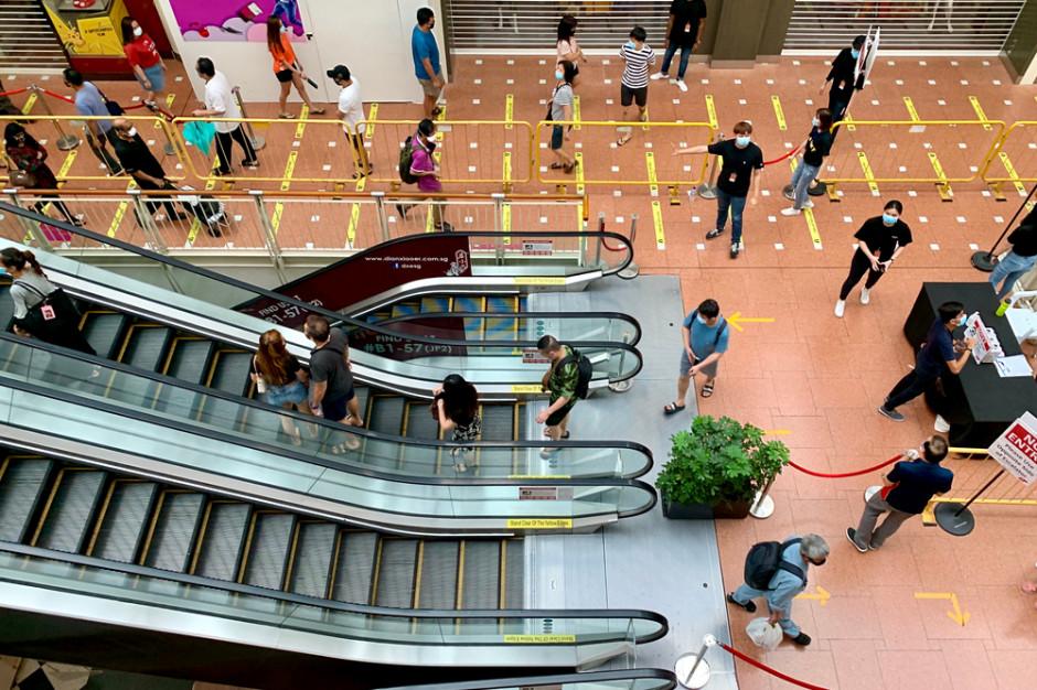 Galerie handlowe przed świętami może odwiedzić co drugi Polak