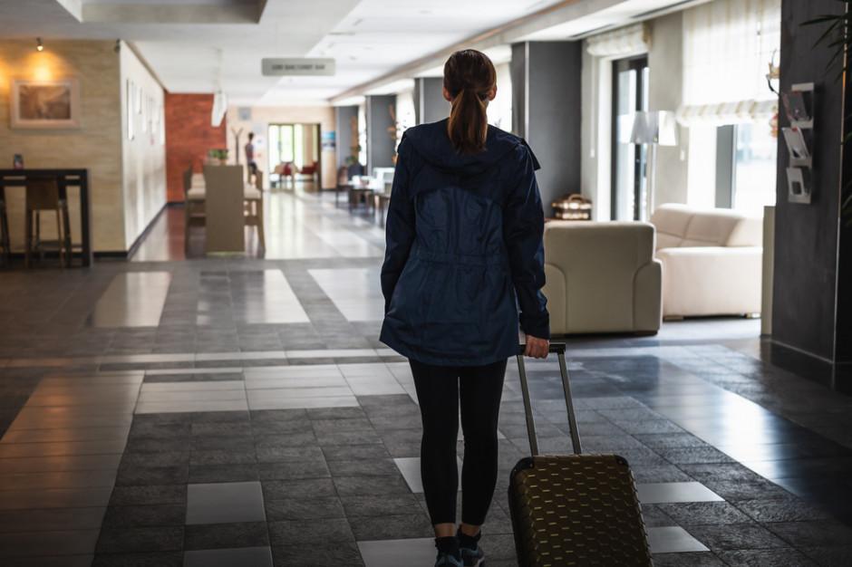 MSZ apeluje o unikanie podróży zagranicznych, które nie są konieczne