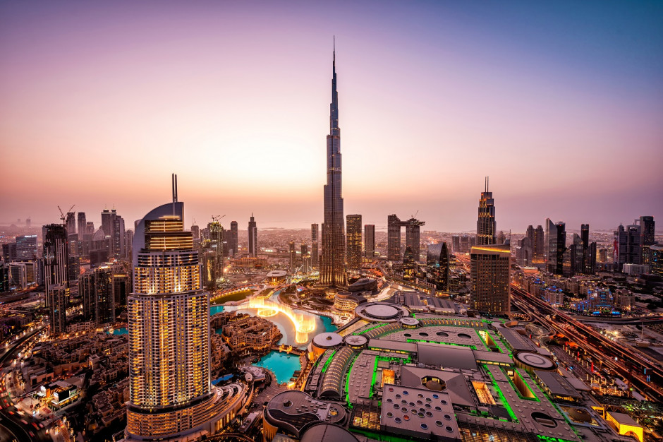 Linie Emirates zapewnią darmowy nocleg w Dubaju